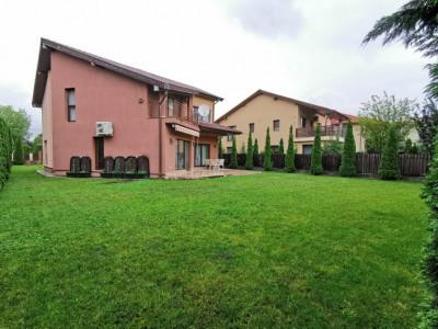 Casa 180 mpcurte 500 mp 5 camere garaj zona str E.Ionesco