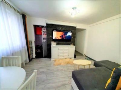 Apartament 3 camere, ideal de investitie sau locuit 38 mp, semidecomandat.