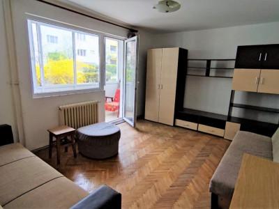 Apartament 3 camere, 70 mp, cu garaj, zona str. Mehedinti.