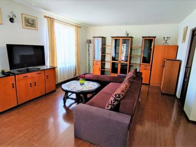 Casa individuala, 4 camere, 120 mp, cu curte, zona str. Oasului.