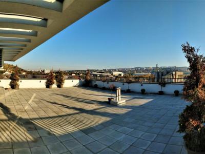 Penthouse suberb 185 mp terasa 270 mp, 3 garaje pe E. Grigorescu